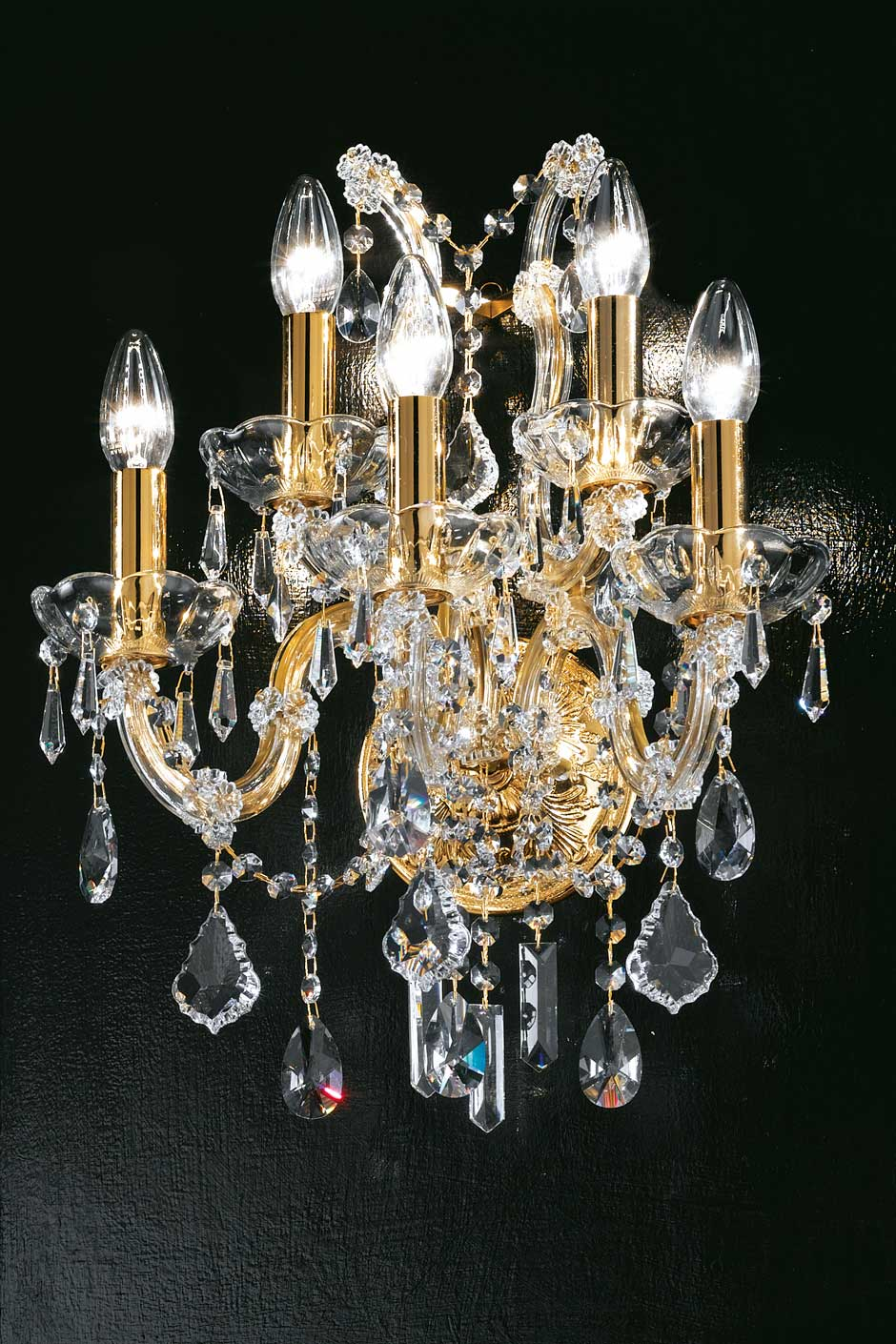 5-light crystal and gold-plated metal bouquet wall light . Masiero.