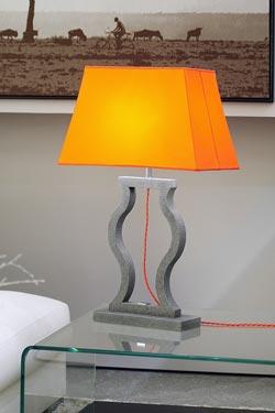 Lampe abat-jour taffetas orange intérieur blanc Classic . Matlight.