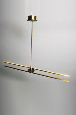 Essential satin brass and black marble Marquinia pendant. Matlight.