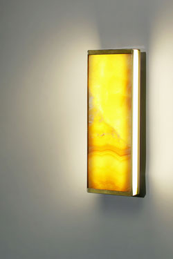 Yellow onyx wall lamp TECH small model 30cm. Matlight.