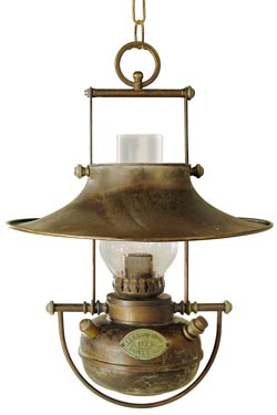 Oil lamp pendant in patinated brass. Moretti Luce.