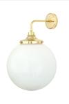 Applique de salle de bain boule en verre opale blanc. Mullan.