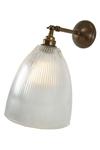 Applique en laiton antique et verre cannéle Hale . Mullan.