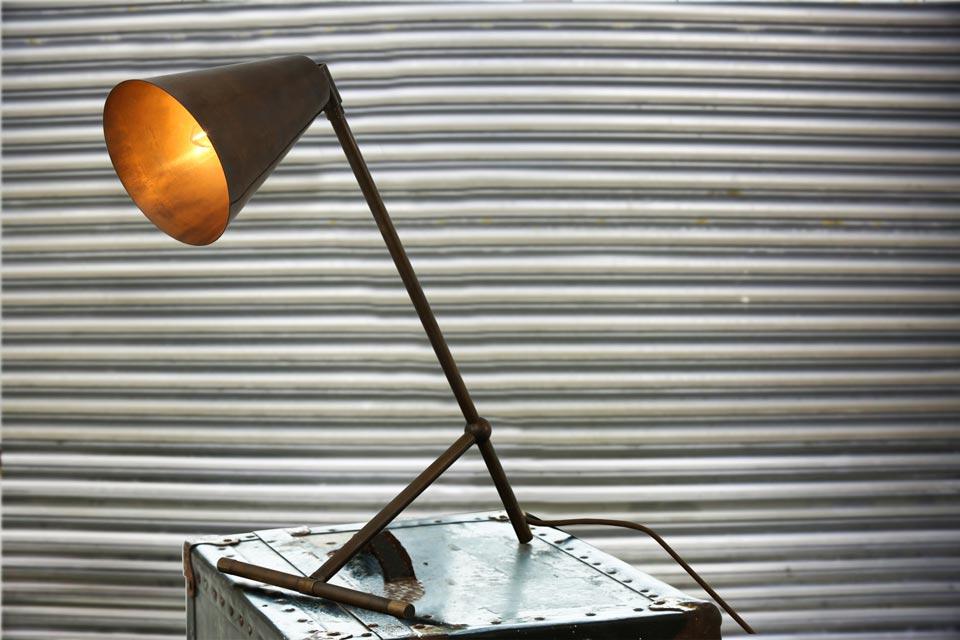 Havana lampe de bureau vintage. Mullan.
