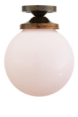 Plafonnier yerevan boule en verre opale mullan r f for Plafonnier boule verre