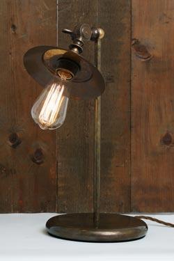 Rezno lampe à poser articulée vintage. Mullan.