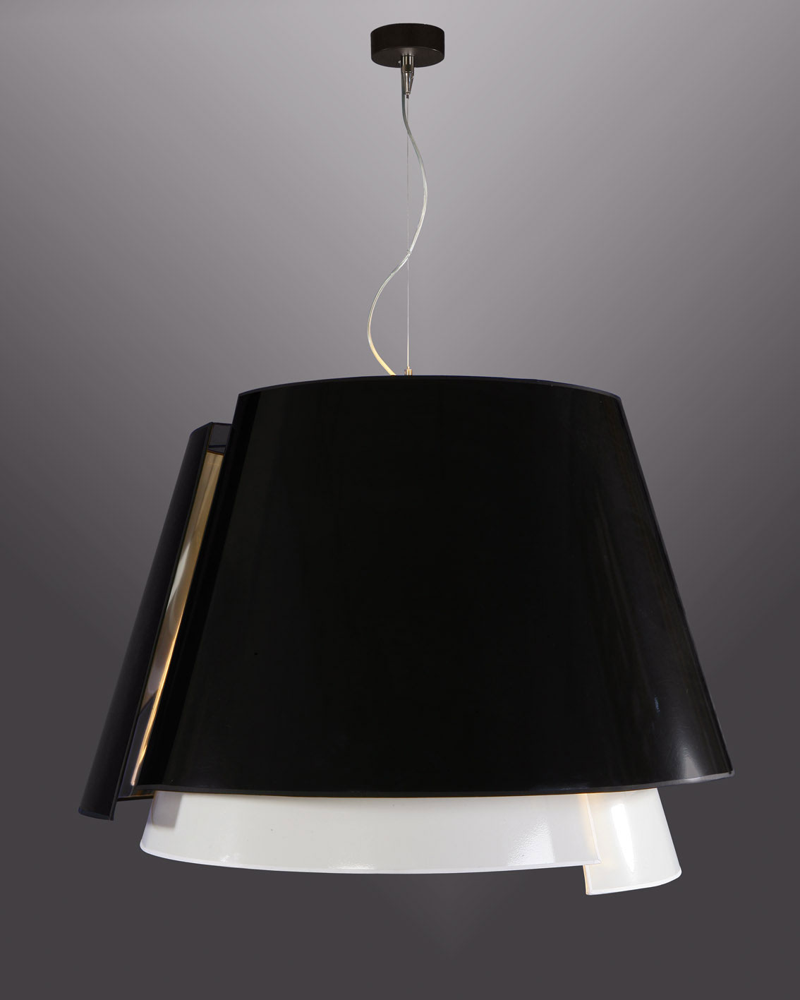 Guggen suspension noir et blanc par myo luminaire for Suspension noir et blanc