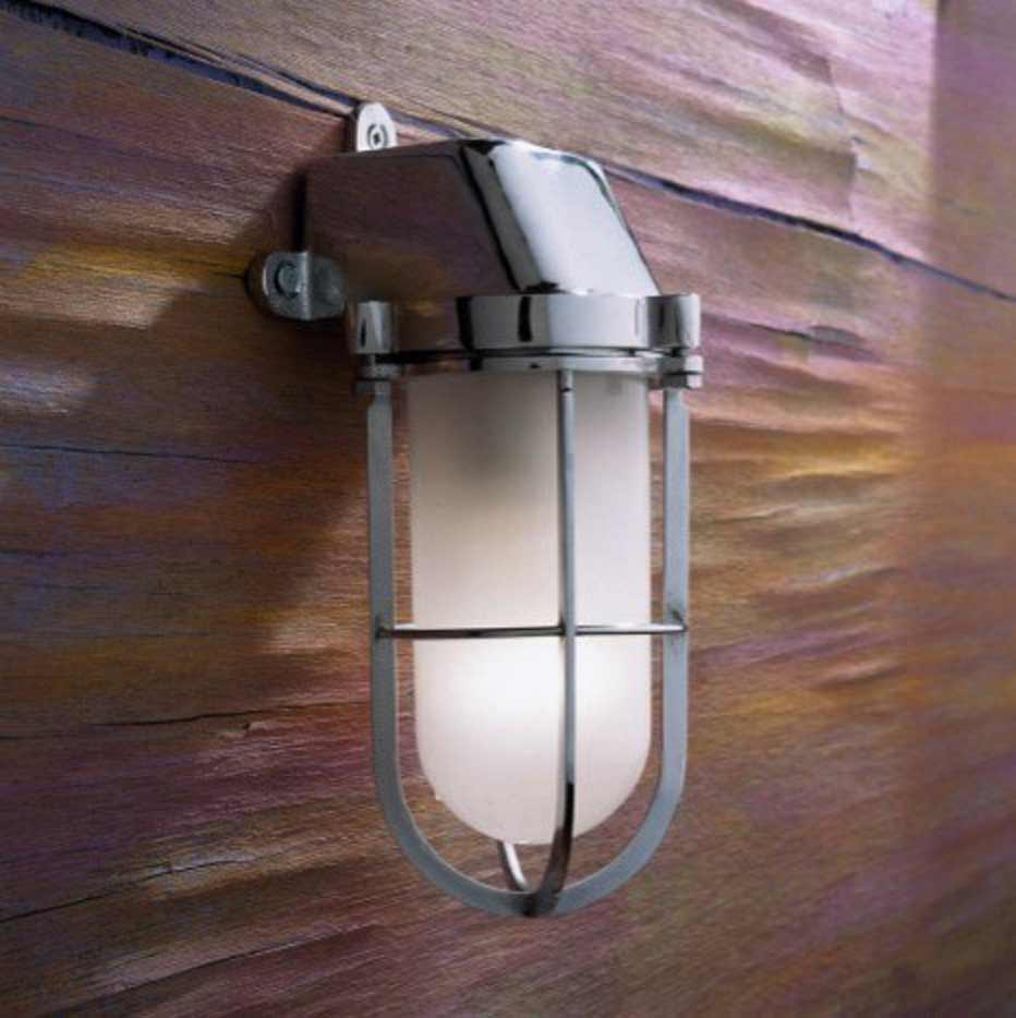 Admiral wall light in chrome-plated bronze with sand-blasted glass. Nautic by Tekna.