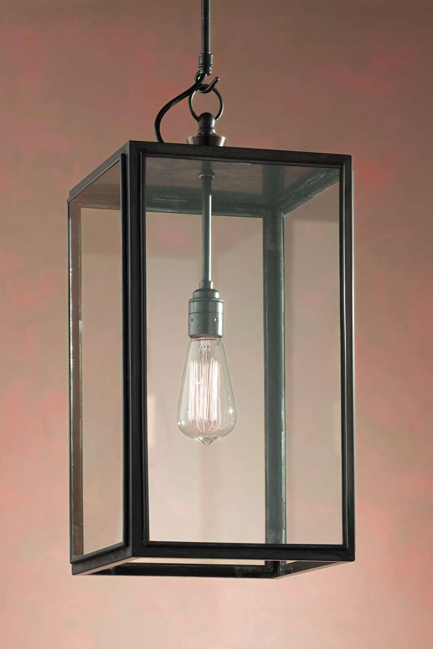 Ilford closed top suspension bronze antique verre clair for Suspension luminaire exterieur jardin