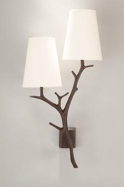 Applique double forme branches en bronze noir patiné. Objet insolite.