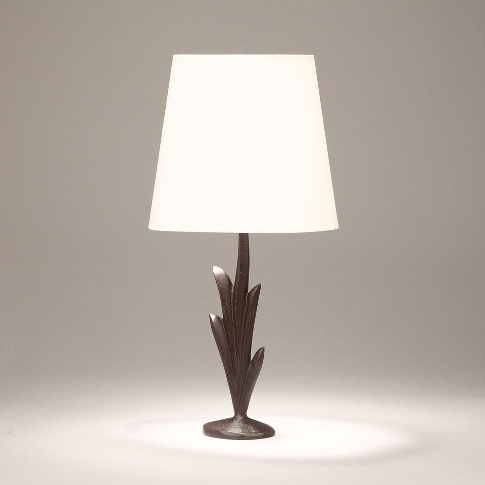 Lampe de table forme végétale en bronze massif noir Lys. Objet insolite.