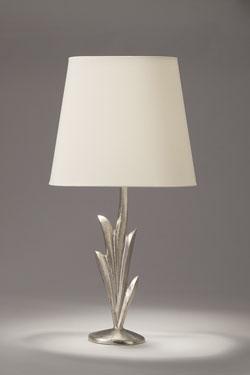 Lampe de table nickel satiné pied forme végétale Lys et abat-jour ovale. Objet insolite.