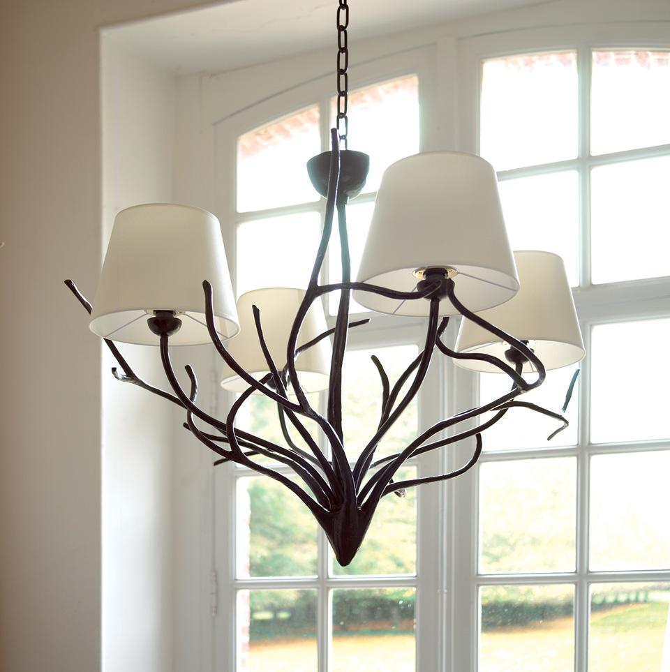 lustre 4 branches style art nouveau en bronze objet insolite luminaires en bronze lustre. Black Bedroom Furniture Sets. Home Design Ideas