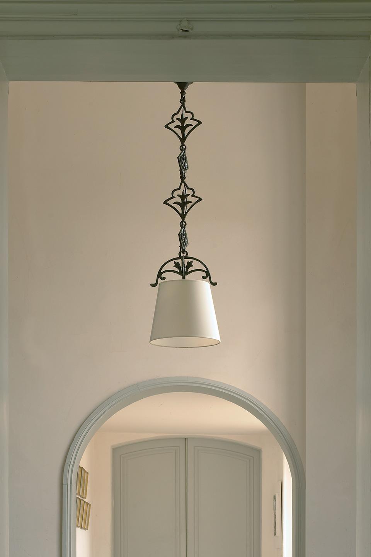 Patined bronze pendant verone objet insolite hight for Objet insolite lighting