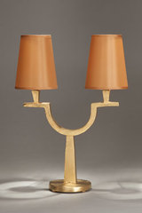 Double table lamp in solid gilt bronze Perceval. Objet insolite.