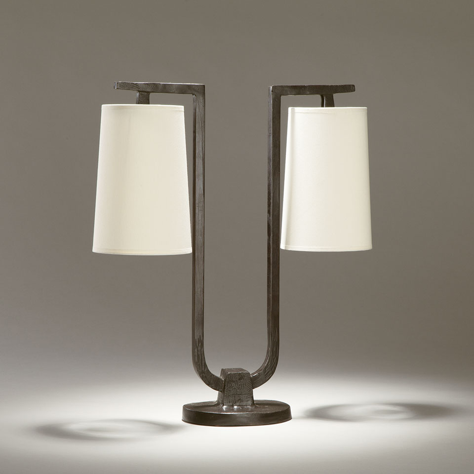 Gustave solid bronze 2-light U-shaped table lamp. Objet insolite.