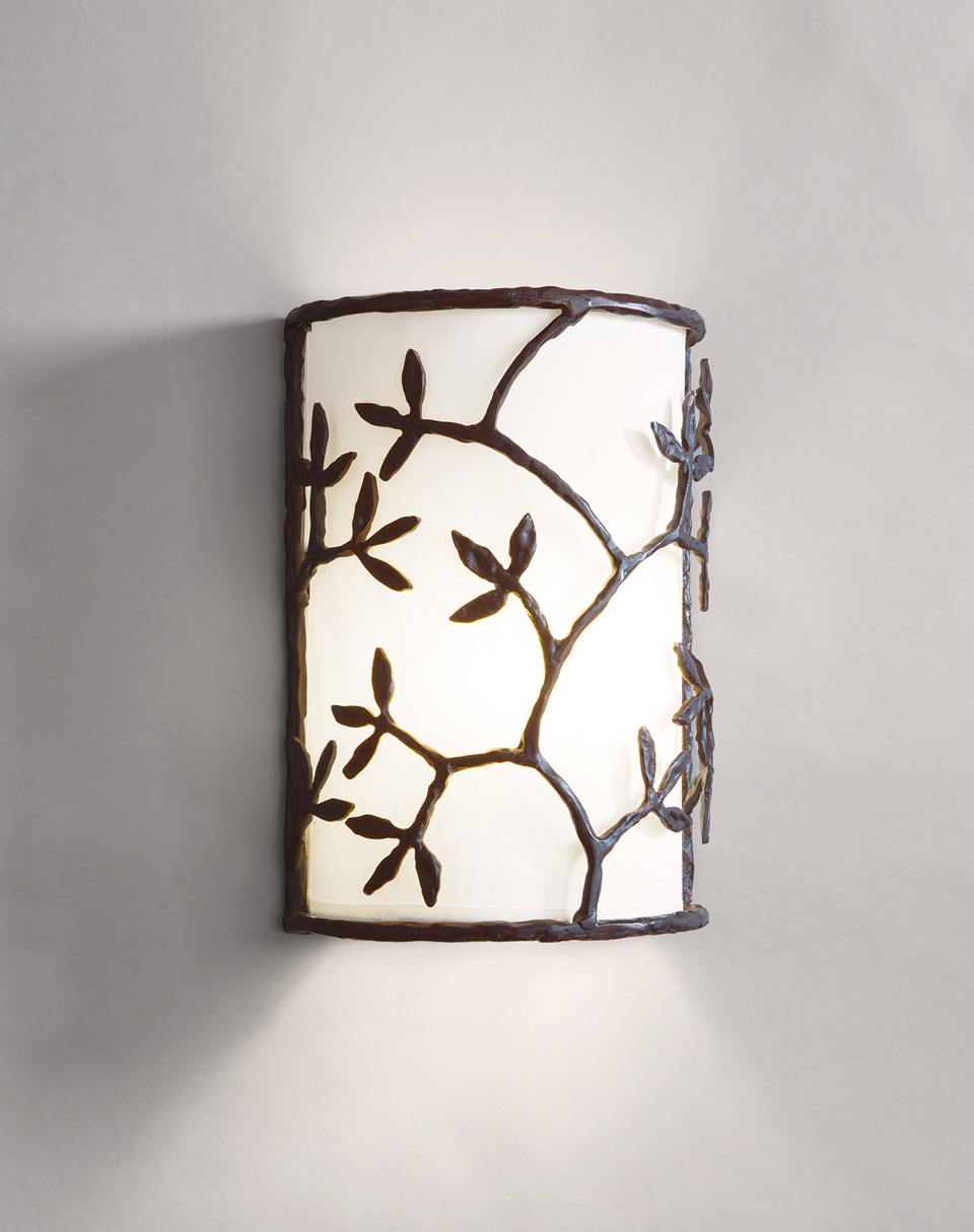Semicylinder wall lamp shaft and leaf pattern. Objet insolite.