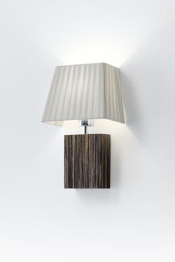 Applique Smooth II en bois d'ébène . Paulo Coelho.