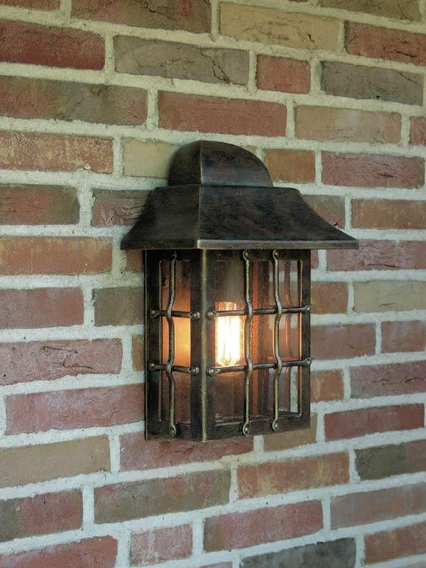 Applique lanterne en fer forg patin pour l 39 ext rieur - Peinture pour fer forge exterieur ...