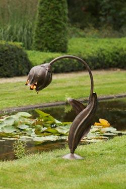 Flower Lampe simple en  fer forgé. Robers.