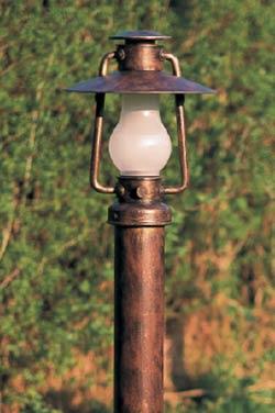 Lampadaire ext rieur en lampe temp te m tal patin verre for Lampe suspendue exterieur