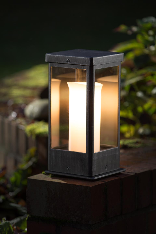 lampe d 39 ext rieur avec une fausse bougie fabriqu par. Black Bedroom Furniture Sets. Home Design Ideas
