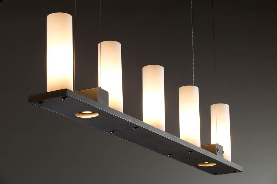Suspension barre de fer forg pais cinq bougies for Lampe de chevet fer forge