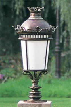Lampe ornementale pour parcs et jardins à fixer en fonte patinée ...