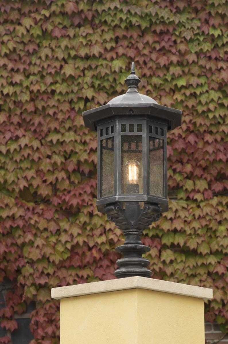 Lanterne d 39 ext rieur en fer forg forme chapiteau pointu - Lanterne d exterieur ...