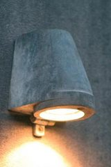 Beamy natural zinc garden step light. Royal Botania.