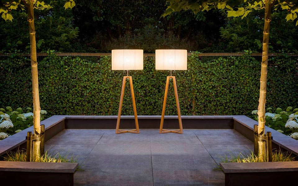 Club Lounge Led Outdoor Floor Lamp