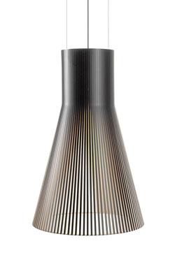 Magnum maxi suspension conique noire et bois. Secto Design.