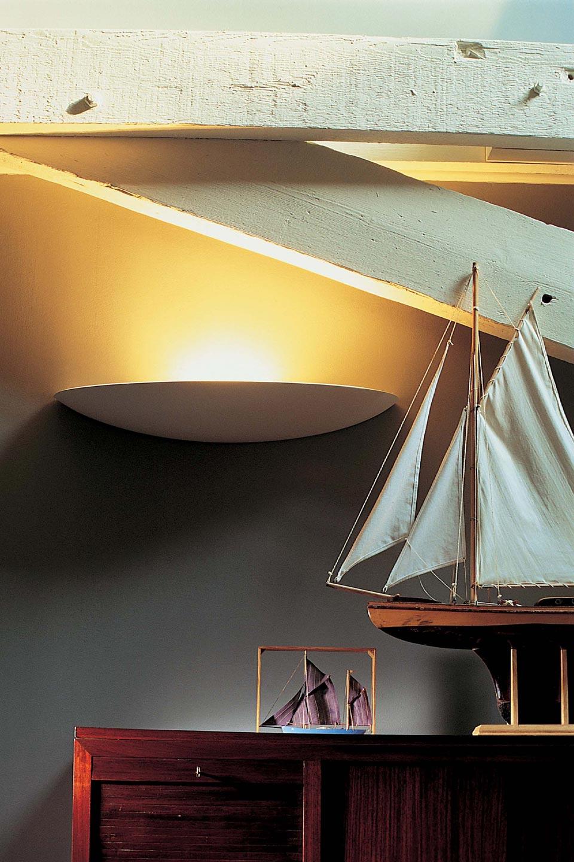 1444 applique murale en coque de bateau. Sedap.