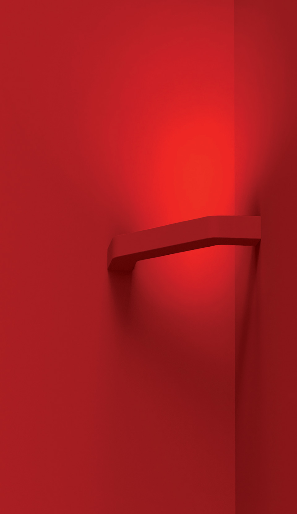 Applique rouge Agrafe 90° en plâtre brut. Sedap.