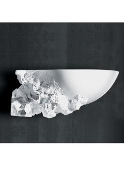 Applique vasque sculptée en plâtre naturel coté gauche. Sedap.