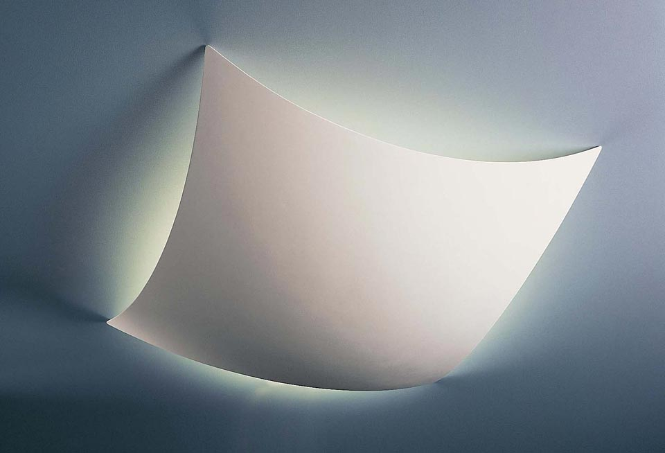 Voile 1579 - Plafonnier en plâtre blanc en forme de voile carrée 85cm. Sedap.