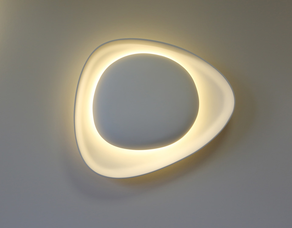 Crepidula light sculpture wall lamp. Sedap.