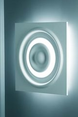 Wall lamp in concentric waves Verner 3028 in natural white plaster . Sedap.
