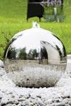 Fontaine jardin design sphère inox 40cm. Seliger.