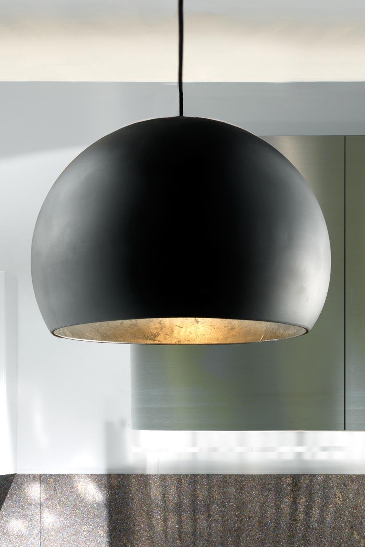 atlas suspension globe noir et dor en c ramique r f 13030345. Black Bedroom Furniture Sets. Home Design Ideas