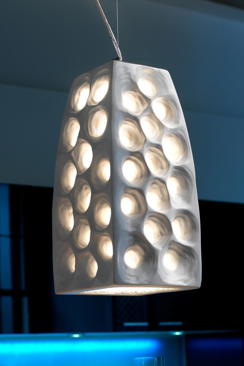 suspensions design ceramique blanche accueil design et. Black Bedroom Furniture Sets. Home Design Ideas
