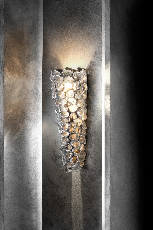 Linea Reef longue applique conique céramique et feuille d'argent. Munari par Stylnove Ceramiche.