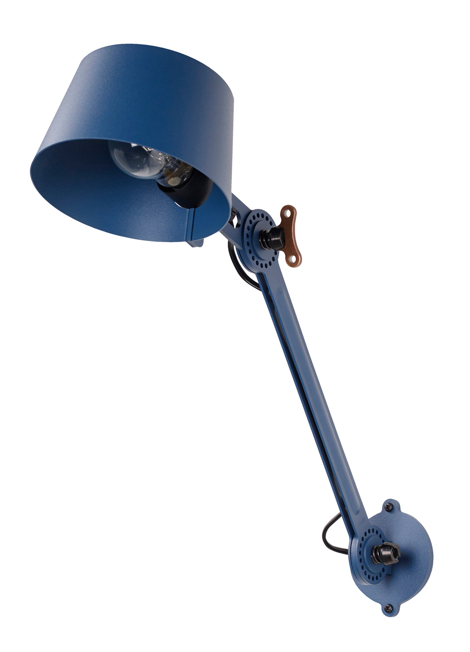 Applique style atelier en métal bleu  Bolt. Tonone.