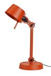 Lampe de bureau petit modèle Bolt Desk en acier grainé orange vif. Tonone.