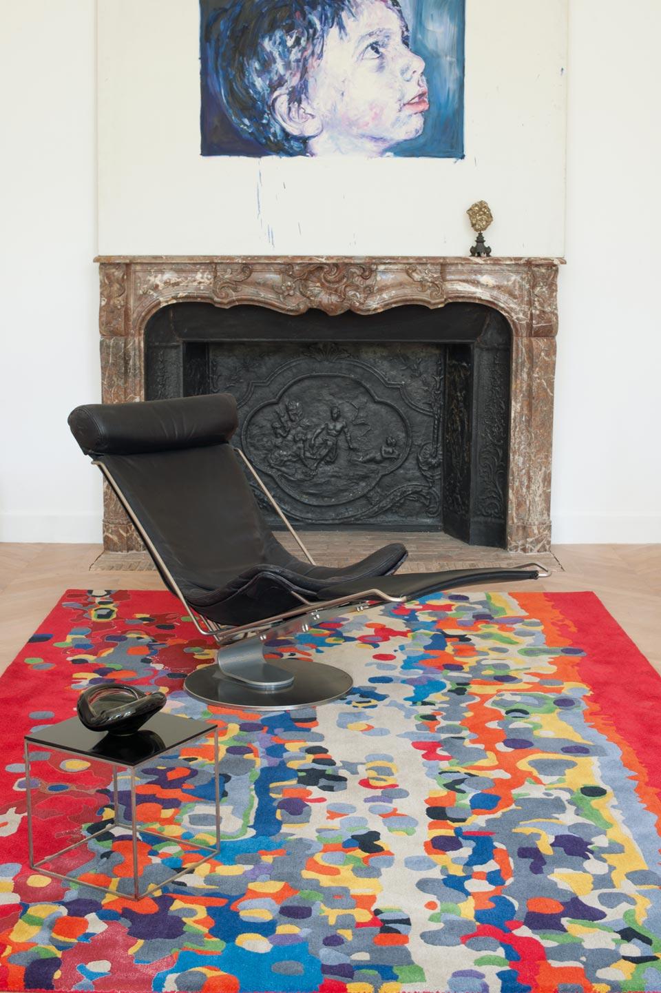 Multicolore fond rouge tuft main 100 laine nouvelle z lande toulemonde bochart tapis Beaux tapis contemporains