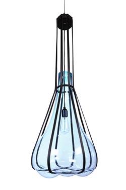 Helium suspension en verre soufflé bleu glacier. Vanessa Mitrani.