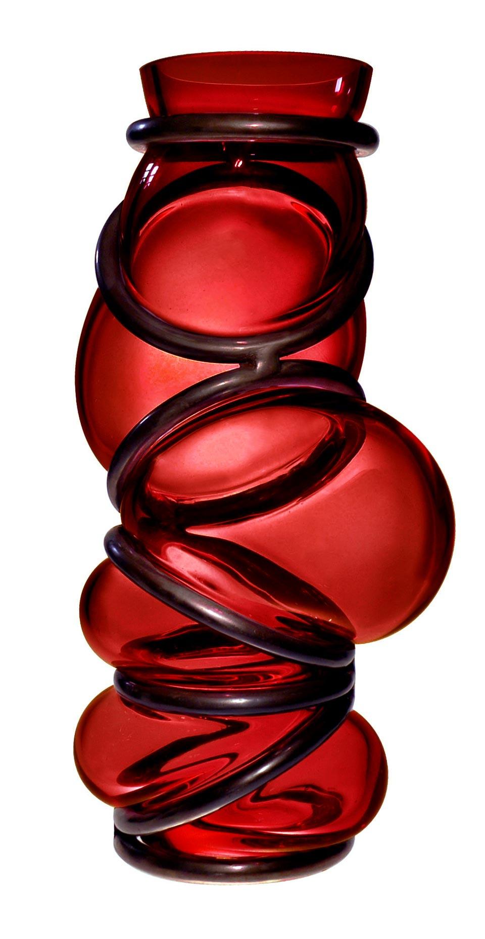 Vase en verre coloré Colors Ring rouge. Vanessa Mitrani.