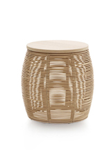 Vivi end table in natural rattan. Vincent Sheppard.