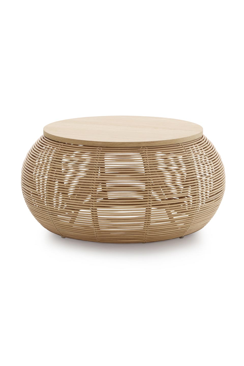 Vivi small coffee table in natural rattan. Vincent Sheppard.