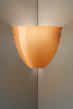 Applique Corner en cristal de Murano soufflé bouche corail brillant. Vistosi.